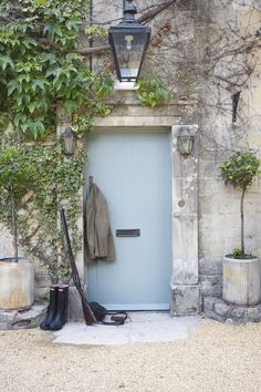 Blue Gray door and big lantern plus topiary bay tree Cottage Exterior, Interior And Exterior, Exterior Design, Cottage Front Doors, English Country Style, Modern Country, French Country, Farmhouse Front, Gardens