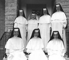 Dominican Sisters Habit | ... ii very few if any dominican sisters wear their habits like this