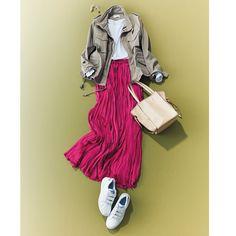おしゃれプロが買ったキレイ色&モードな白スカートMarisol ONLINE|女っぷり上々!40代をもっとキレイに。