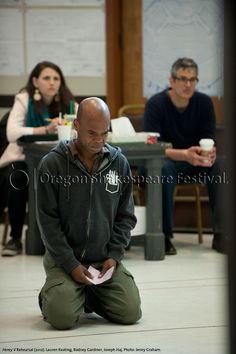 Oregon Shakespeare Festival. HENRY V Rehearsal (2012): Lauren Keating, Rodney Gardiner, Joseph Haj. Photo: Jenny Graham.