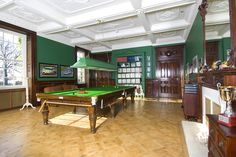 Europe House of the Day - Stately English Home - Photos - WSJ.com#close