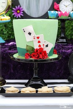 How to create an Alice in Wonderland - Mad Hatter Tea Party! Mad Hatter Tea Party - Cake