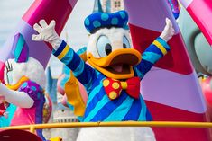 Top Five: Donald Duck at Disney Parks