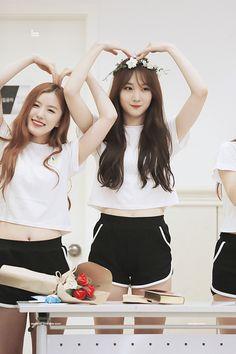 PLEDIS GIRLZ - Park SiYeon #박시연 (Park JungHyeon #박정현) & Kim MinKyung #김민경 #민경 at Pledis Girlz concert 160813 #플레디스걸즈 콘서트