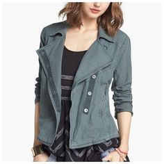 Free People Slate Green Linen Moto Jacket NWT Free People slate lovely in linen blend moto style jacket is perfect paired with a dress or jeans. This jacket features a snap opening,  two front zip pockets, and zipper detail on the sleeves. The color is slate which is a gray with a slight green tint to it!  *55% linen/45% cotton *Machine wash *XS 0-2 (should also fit size small) Free People Jackets & Coats Jean Jackets