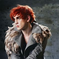 Here is Patrick Wolf covering Lana Del Rey's 'Born To Die'. Feather Cape, Brandon Flowers, Born To Die, Indie Music, The Dreamers, Wolf, Feathers, People, Window Boxes