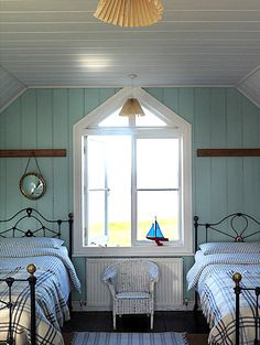 Perfect little boys room