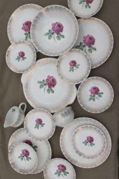 40s 50s vintage briar rose or moss roses china dishes set, American Limoges?