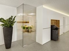 Einbauschränke, Kopierer, Glas, Trennwand, Büroaccessoires, Pflanze