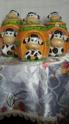 Paso a paso manualidades de ojos de vacas en ceramica for Ceramica para cocina