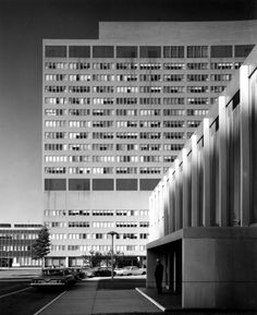 On Continuous Space Louis Kahn S Olivetti Underwood Factory