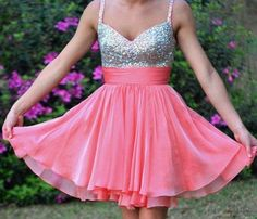 Tidetell.com Sexy Short A-line Sweetheart Chiffon Homecoming Dress with Sequins, pink homecoming dresses, sequined homecoming dresses, chiffon homecoming dresses, short prom dresses, graduation dresses, party dresses