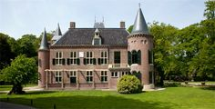 Kasteel Keukenhof - Top Trouwlocaties - Lisse Zuid-Holland #trouwlocatie #trouwen #feestlocatie