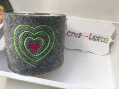 Geschenke für Frauen - Toilettenpapier Hülle WC-Hut WC Klopapierversteck - ein Designerstück von crea--team bei DaWanda