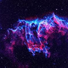 Veil Nebula (also known as the Cygnus Loop or the Witch Broom Nebula),is in the direction of the constellation Cygnus, which are spacious and relatively weak remnant of a supernova. Supernova source exploded 5.000 or 8.000 years ago, the remains spread over an area of ~ 3×3 degrees and continue to proliferate. Nebula range is not known exactly, but is calculated to be approximately 1.400 and 2.600 light-years. It discovered by William Herschel on September 5, 1784.