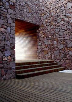Paz & Comedias House / Ramon Esteve. There are amazing architecture projects around the world. Here you can see every type of project, since buildings, to bridges or even other physical structures. Enjoy and see more at www.homedesignideas.eu