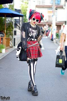 Lisa in Harajuku // completely awesome as always