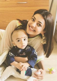 Kajal Aggarwal Spotted Without Makeup Face At Hyderabad Airport Pimples On Face, Oily Face, Hindi Actress, Indian Film Actress, Indian Actresses, Most Beautiful Indian Actress, Beautiful Actresses, Indian Heroine Photo