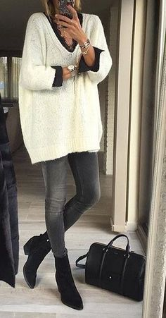 thanksgiving  fashion · White Knit    Black Booties    Skinny Jeans Mode a958f24169c