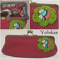 Funda crochet con boquilla de metal Yoliskas para gafas, color cereixe.