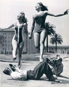 Enjoy the Day - 1950's Vintage Summer