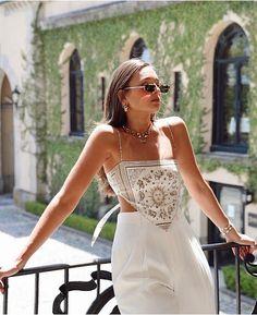 Look Fashion, Diy Fashion, Ideias Fashion, Fashion Outfits, Top Fashion Blogs, Fashion Women, Bandana Top, Mode Outfits, New Outfits