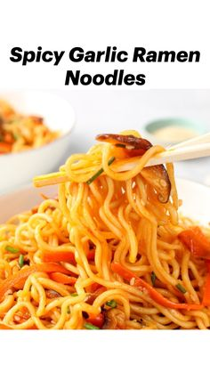 Noodle Sauce Recipe, Spicy Noodles Recipe, Vegan Noodles Recipes, Spicy Asian Noodles, Chinese Noodle Recipes, Rice Noodle Recipes, Ramen Recipes, Indian Food Recipes, Kitchens