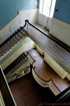 Abandoned Mansion | Flickr - Photo Sharing! Three stories looking down...magnificent stair case!