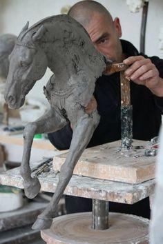 sculpture by christophe charbonnel: http://www.christophecharbonnel.fr/