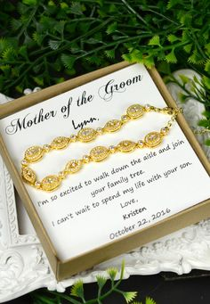 Wedding bracelet,Mother of the Bride Gift, Personalized Bridesmaids Gift,Mother of the Groom Gifts,Bridal Party Gift, Bridal Party Jewelry,