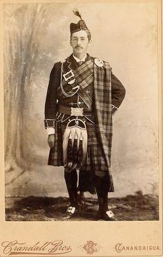 +~+~ Antique Photograph ~+~+  Formal portrait of a man dressed in full kilt.