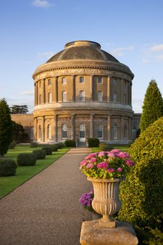 England Travel Inspiration - The rotunda at Ickworth, Suffolk. Unique Buildings, Beautiful Buildings, Interesting Buildings, Wonderful Places, Beautiful Places, Villas, Suffolk England, England Uk, Places In England