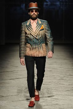 Blazer Stella Jean | Fabric: Vlisco Nkrumah's Pen Design