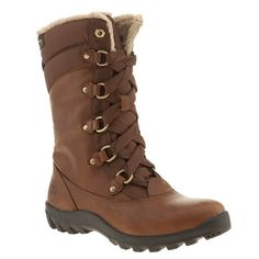 Power through winter with the Mount Hope boot from Timberland. This waterproof design is made using a brown leather upper lined with 100% PET recycled microfiber fur. PrimaLoft insulation, D-ring lacing and a Green Rubber outsole finish.