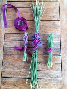 Szemem Tükrében: 40 cm-es buzogány készítése képekben... Lavender Crafts, Diy Projects To Try, Flower Crafts, Tassel Necklace, Weaving, Creations, Crafty, Flowers, Gifts