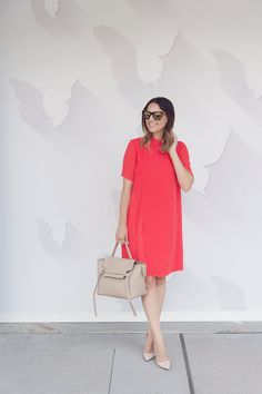 Caroline shows how to style a shirtdress for summer. << HOUSE of HARPER