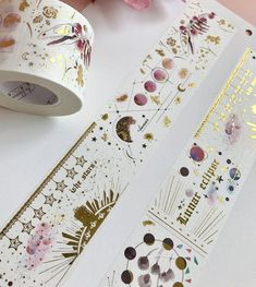 Ideas of what to send in the mail in a flat envelope - gift ideas for pen pal - things you can send via snail mail - beautiful stickers and Washi tape Washi Tape Crafts, Duck Tape Crafts, Washi Tapes, Cute Stationary, Cute School Supplies, Masking Tape, Duct Tape, Planner Decorating, Rose Gold Foil
