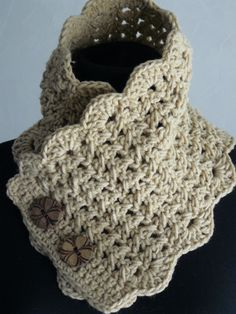 Cuello crudo botones redondos, crochet