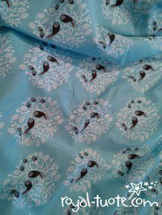 Royal-tuote: Turkoosi Linnunrata. Printin suunnittelija PaaPii.    Turquoise Linnunrata -print. Designed by PaaPii