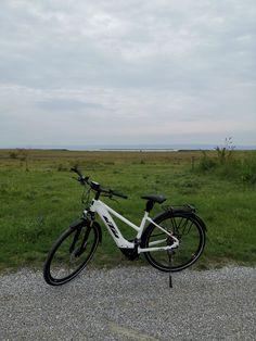 Bicycle, Sport, Vehicles, Sailing, Swim, Public Bathing, Biking, Bicycle Kick, Deporte