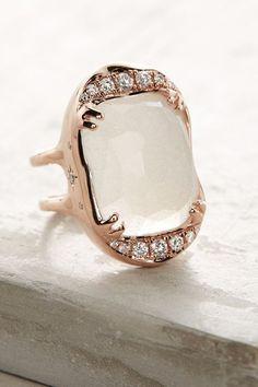Desiderium Moonstone Ring