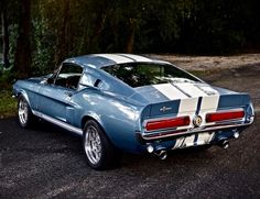 cerca di asilo - utwo: 1967 Shelby in Brittany Blue. Mustang Shelby Cobra, 1967 Shelby Gt500, Ford Mustang Fastback, Ford Shelby, 1967 Mustang, Old Muscle Cars, American Muscle Cars, Black Porsche, Classic Mustang