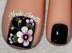 Toe Nail Flower Designs, Flower Toe Nails, Toe Designs, Pedicure Designs, Nail Art Designs, Pretty Toe Nails, Cute Toe Nails, Love Nails, Pretty Toes