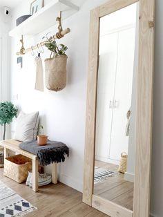Entryway Decor, Bedroom Decor, Home Interior Design, Interior Decorating, Flur Design, Boho Chic Living Room, Minimalist Home, Home Decor Inspiration, Home Projects