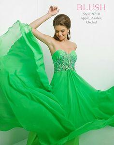 Increibles vestidos largos   Colección Blush Prom