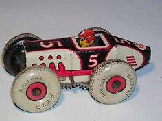Vintage MARX TOY - TIN WINDUP - RACING CAR / RACER, w/ Its Driver, Key Wind