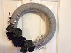 DIY Winter Yarn Wreath
