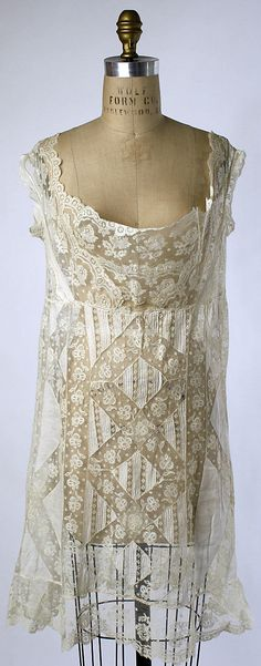 Chemise Date: Culture: American or European Medium: [no medium available] Dimensions: Length at CF: 28 in. cm) Credit Line: Gift of Diana Vreeland, 1973 Accession Number: Antique Lace, Vintage Lace, Vintage Dresses, Vintage Outfits, Vintage Wear, Historical Costume, Historical Clothing, Belle Epoque, Edwardian Fashion