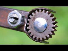 7 INVENTIONS THAT WILL MAKE YOUR WORK A LOST MORE USEFUL - YouTube Metal Bending Tools, Metal Working Tools, Metal Tools, Welded Metal Projects, Welding Projects, Metal Fabrication Tools, Garage Organization Tips, Metal Bender, Wood Shop Projects