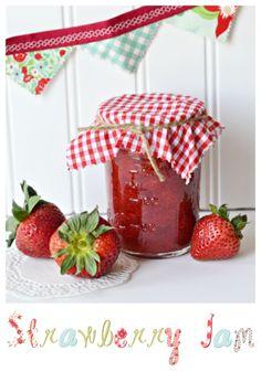 Homemade Strawberry Jam Recipe with Printable Recipe Card